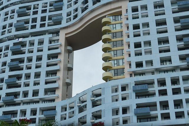 Dragon gate at Repulse Bay in Hong Kong
